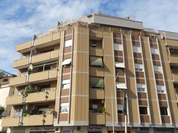 Trilocale in affitto a Roma in Viale Alfredo Zambrini