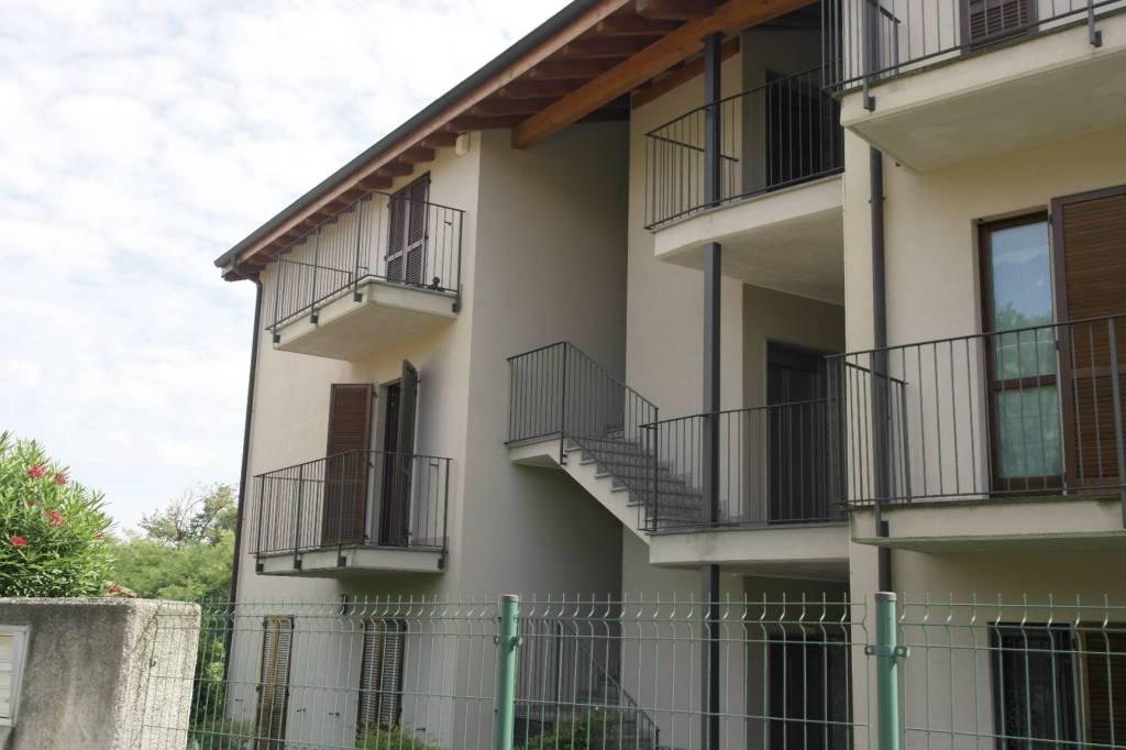 Appartamento in affitto a Besozzo, 3 locali, prezzo € 600   PortaleAgenzieImmobiliari.it