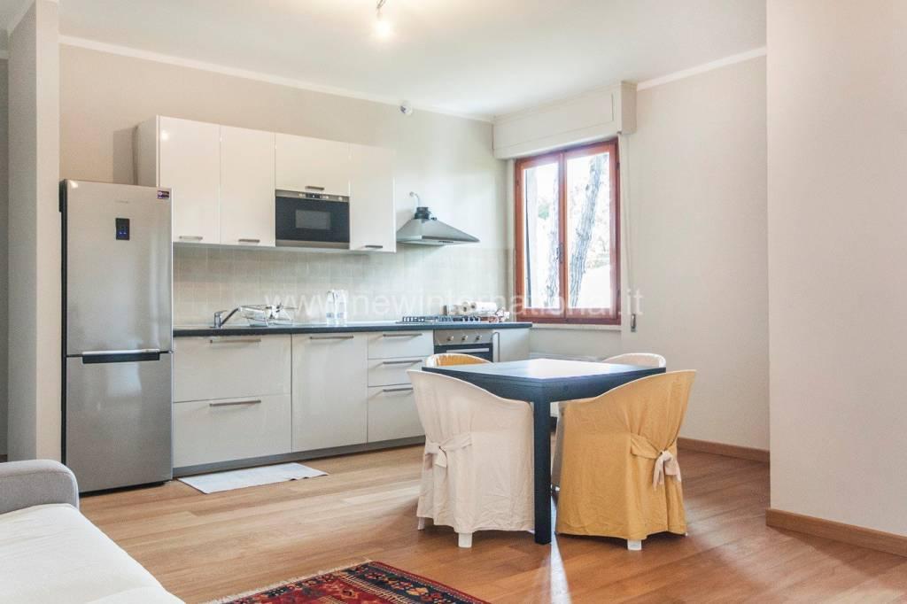 Appartamento in vendita a Montignoso, 2 locali, prezzo € 220.000 | PortaleAgenzieImmobiliari.it