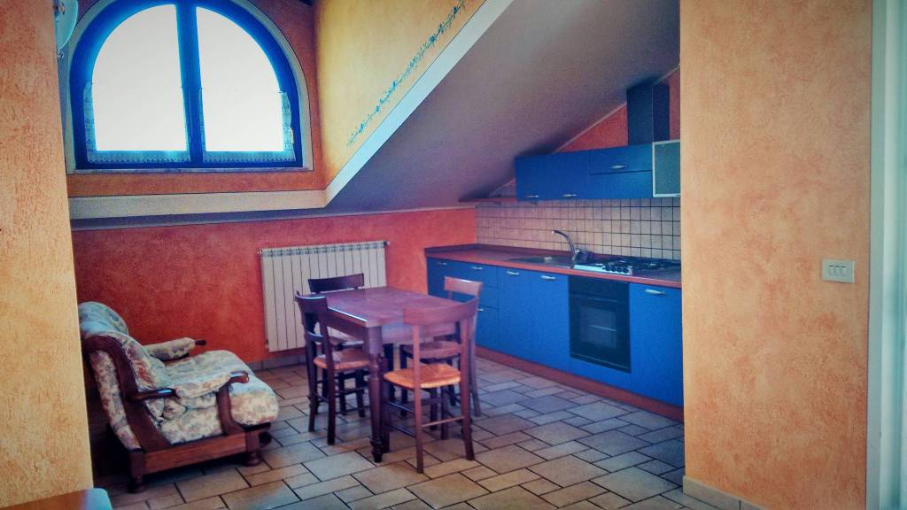 Attico / Mansarda in affitto a Bernezzo, 2 locali, prezzo € 350 | PortaleAgenzieImmobiliari.it