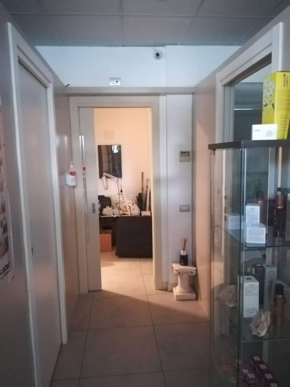 Negozio / Locale in affitto a Ospitaletto, 2 locali, prezzo € 600   PortaleAgenzieImmobiliari.it