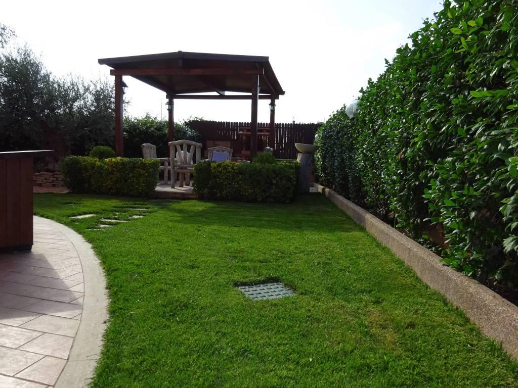 Villa a Schiera in vendita a Santa Marinella, 3 locali, prezzo € 298.000 | CambioCasa.it
