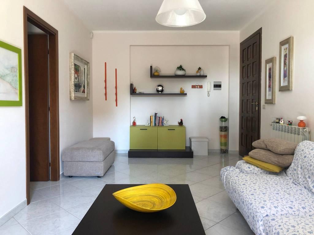 Appartamento in vendita via Litteri 62B Aci Castello