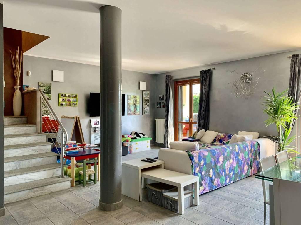 Foto 1 di Appartamento strada Ossole, Castagneto Po