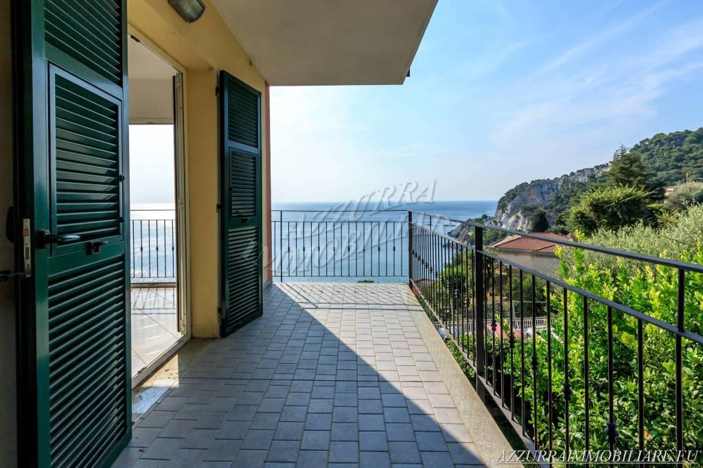 Appartamento in vendita via Cristoforo Colombo Bergeggi