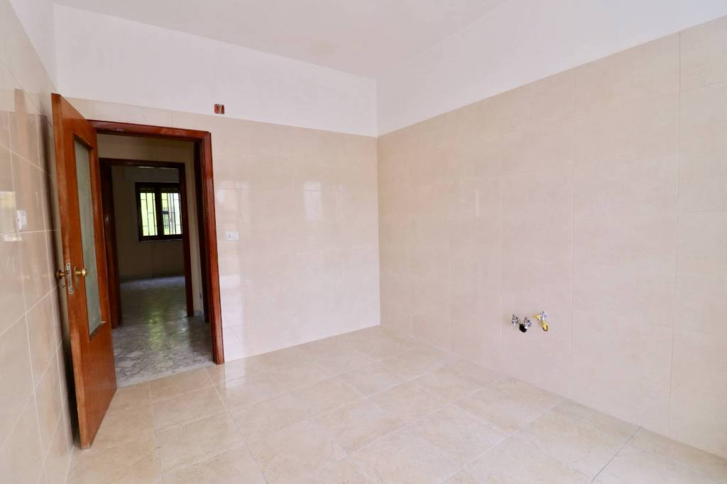 Appartamento in buone condizioni in affitto Rif. 7576082