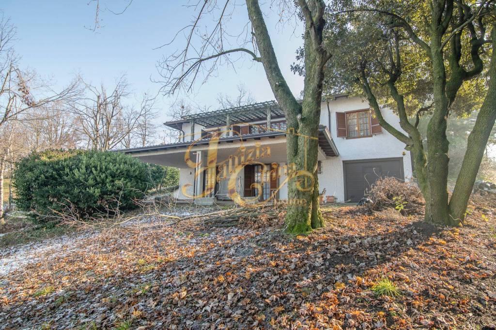 Villa in Vendita a Piozzano Periferia: 5 locali, 495 mq