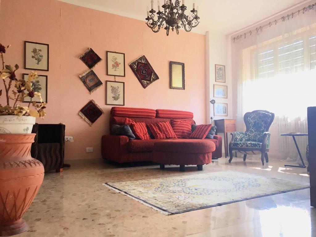 Foto 1 di Appartamento via Provinciale 2, Samone