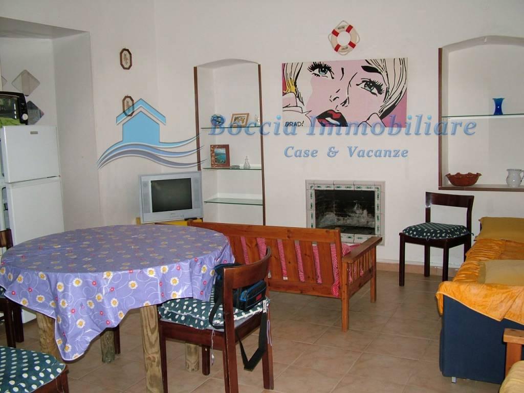 Appartamento a 200 mt. dal mare (Porticello) ed a pochi pas