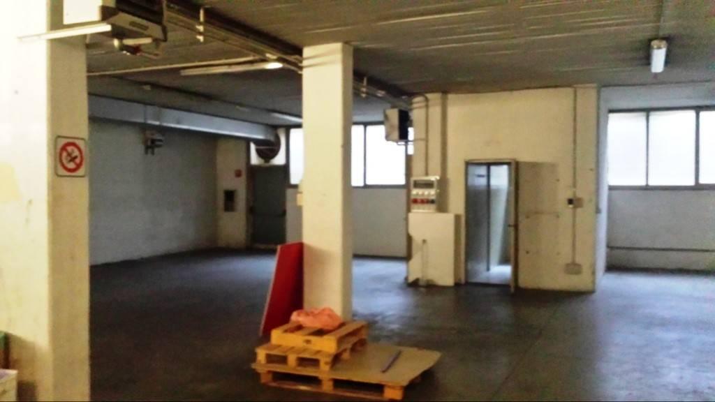 Laboratorio in affitto a Grassobbio, 1 locali, prezzo € 850 | PortaleAgenzieImmobiliari.it