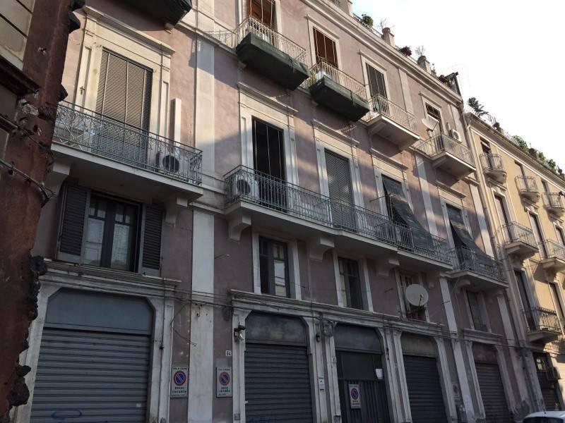 Appartamento in Vendita a Catania Centro: 4 locali, 125 mq