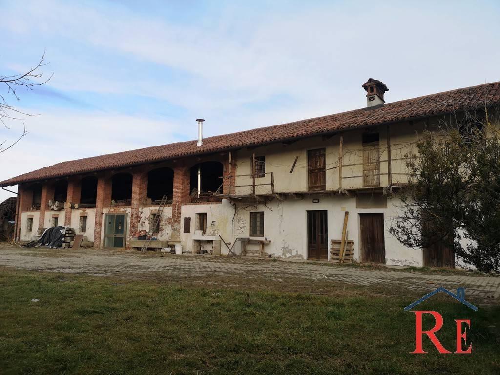 Foto 1 di Rustico / Casale Frazione San Giovanni, frazione San Giovanni, Villafranca Piemonte