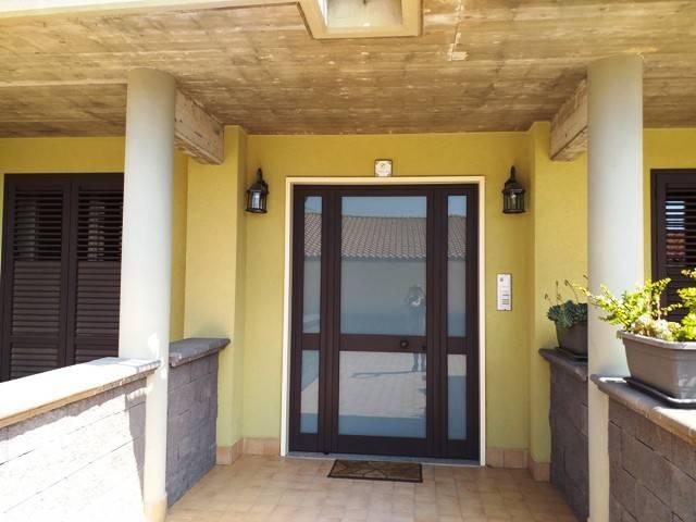 Ampio appartamento con spaziosi terrazzi/giardino privati, foto 17