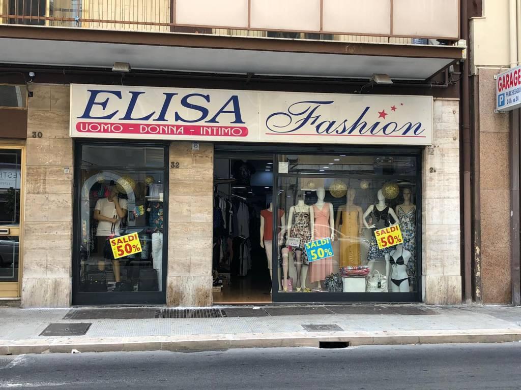 Locale commerciale in vendita in via Francesco Crispi Rif. 9013419