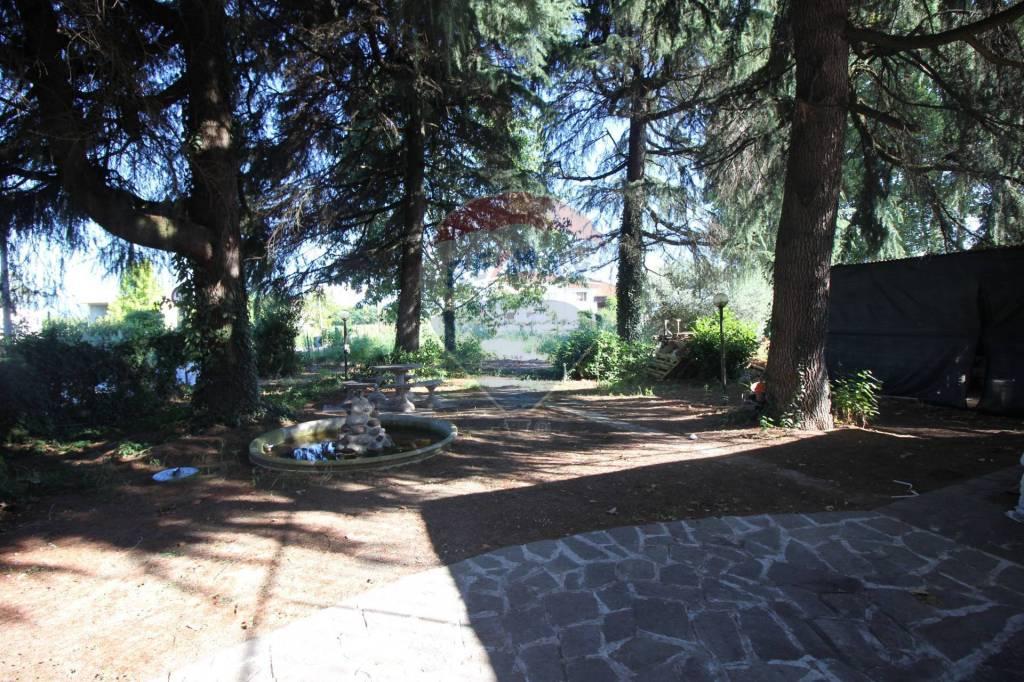 Villa in vendita a Vicenza, 4 locali, prezzo € 160.000 | CambioCasa.it