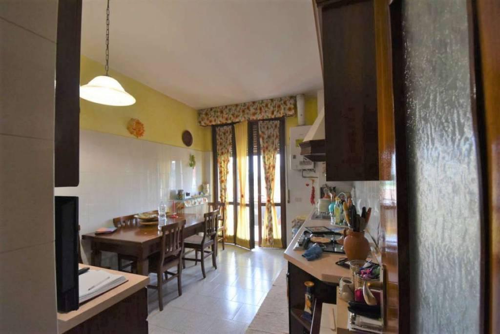 Appartamento in affitto a Dresano, 3 locali, prezzo € 800 | CambioCasa.it