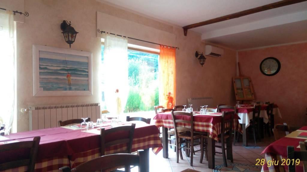 Ristorante / Pizzeria / Trattoria in vendita a Ivrea, 9999 locali, Trattative riservate | PortaleAgenzieImmobiliari.it