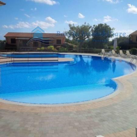 Appartamento in ottime condizioni arredato in vendita Rif. 4466139