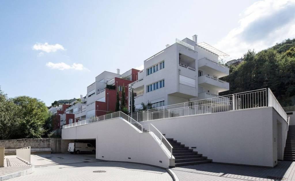 Attico / Mansarda in vendita a Como, 5 locali, zona Via Bellinzona - via per Cernobbio, prezzo € 1.400.000   PortaleAgenzieImmobiliari.it