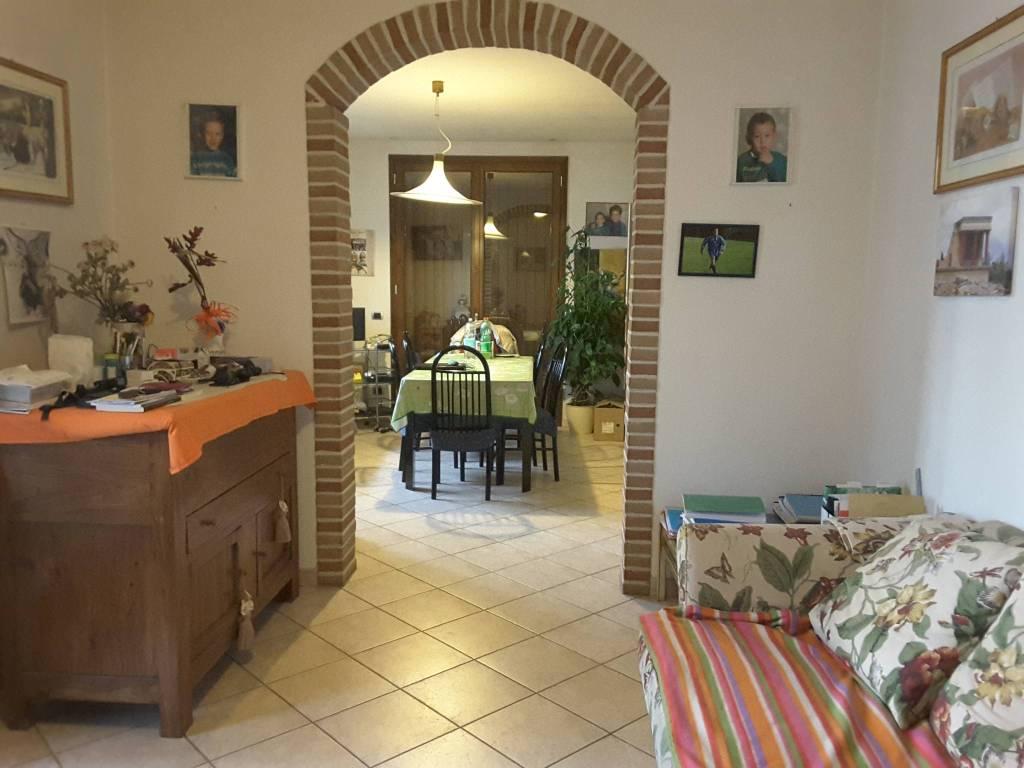 Villa in Vendita a Ravenna Periferia Nord: 5 locali, 237 mq