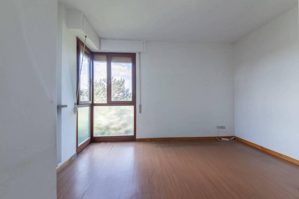 Appartamento in Vendita a Pontedera Centro: 4 locali, 76 mq