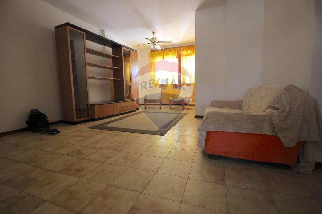 Foto 1 di Appartamento via Rumor, 15/8, Camisano Vicentino