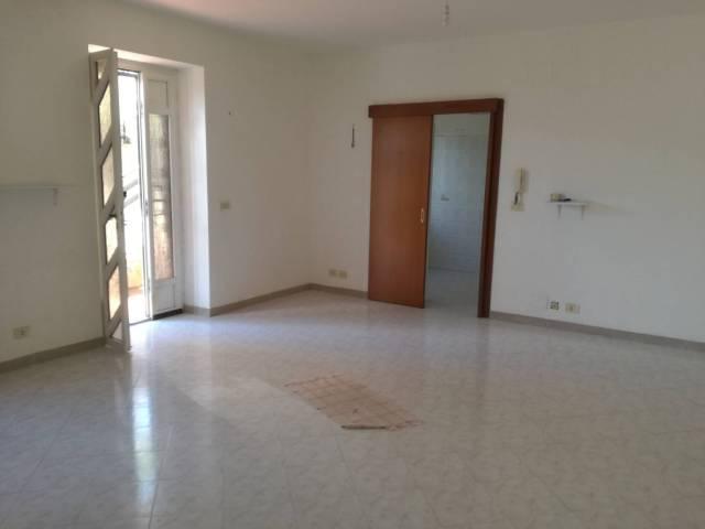 Appartamento in affitto a Riano, 4 locali, prezzo € 650 | Cambio Casa.it