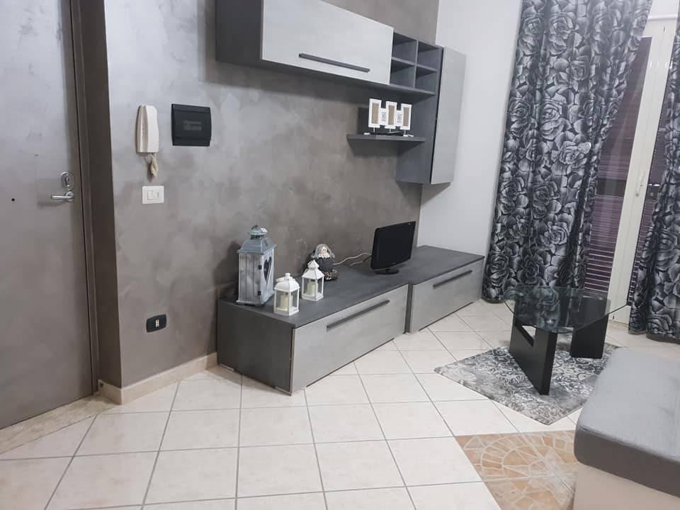 Periferia in PARCO nel verde, Appartamento 70 mq, 400 €.