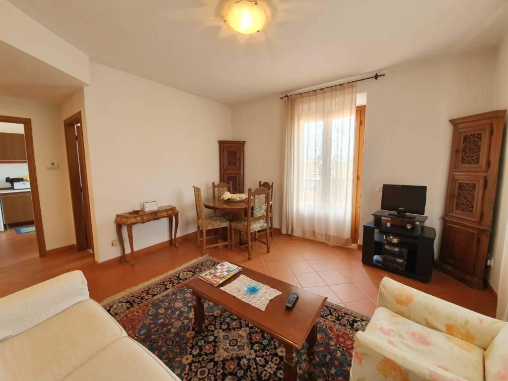 San Romolo, splendido appartamento