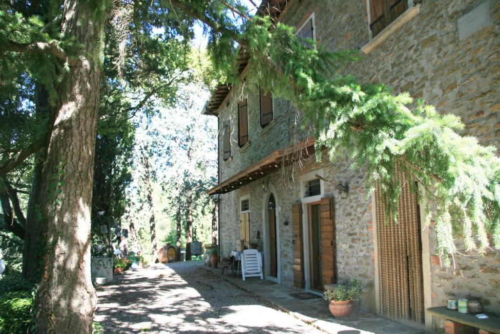 Casa indipendente in Affitto a Arezzo: 5 locali, 125 mq
