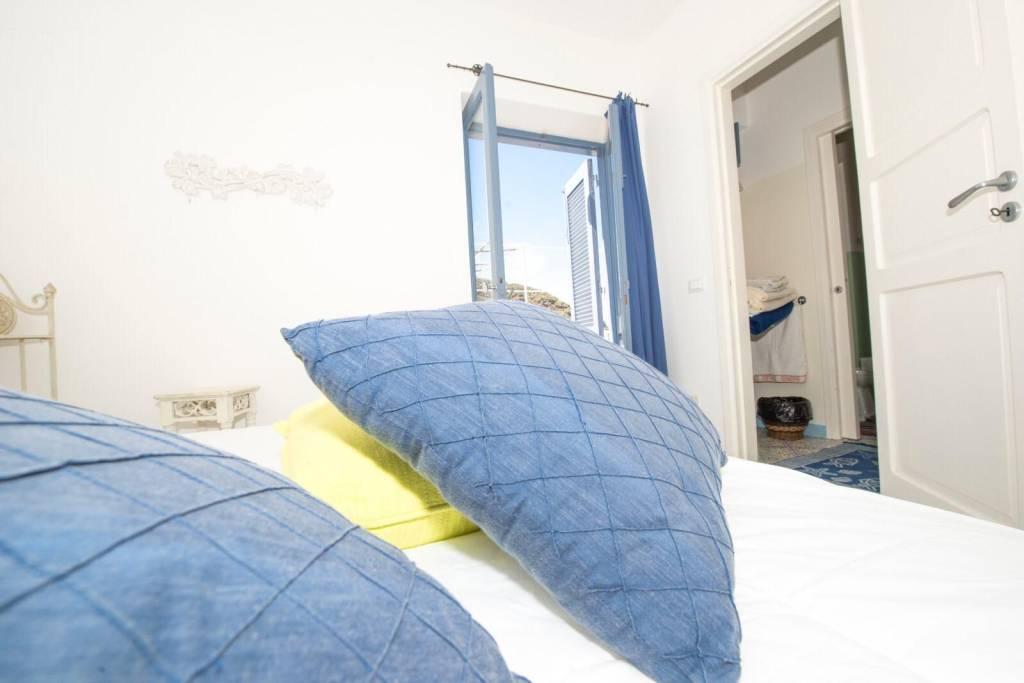 Salina- Splendida villa singola con ampi terrazzi panoramici, foto 7