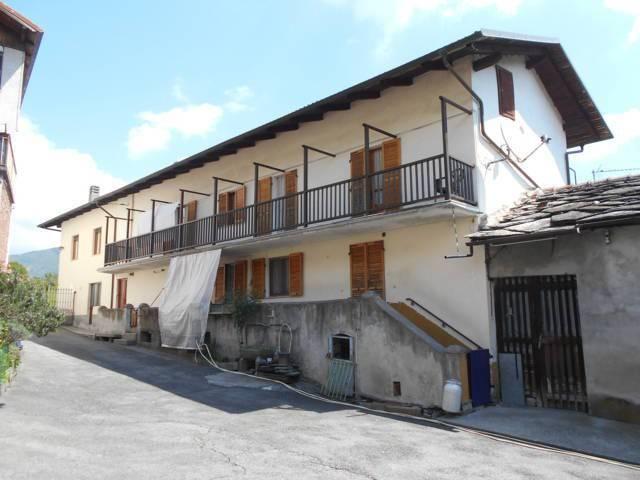 Foto 1 di Rustico / Casale Borgata Savoia, San Germano Chisone