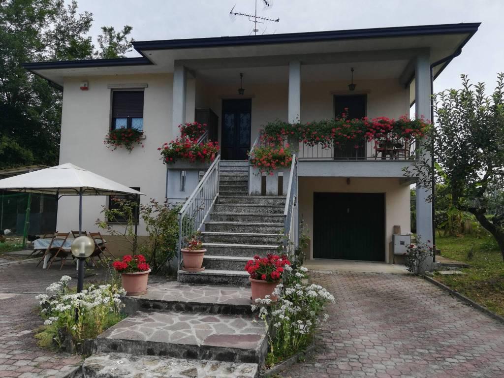 Villa in Vendita a Lugagnano Val D'Arda:  5 locali, 189 mq  - Foto 1