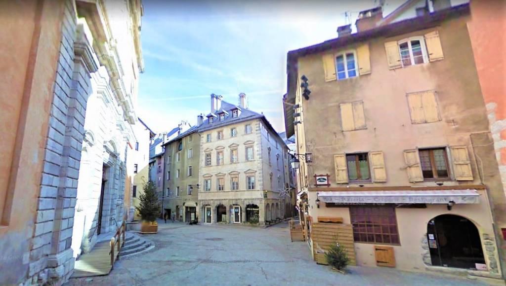 Negozio / Locale in vendita a Cesana Torinese, 1 locali, prezzo € 49.000 | PortaleAgenzieImmobiliari.it