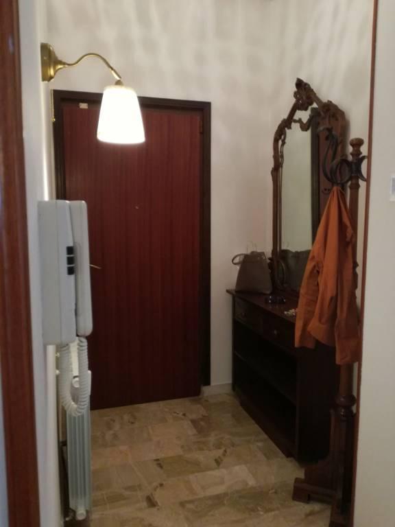 Appartamento in affitto a Castellanza, 3 locali, prezzo € 1.100 | CambioCasa.it