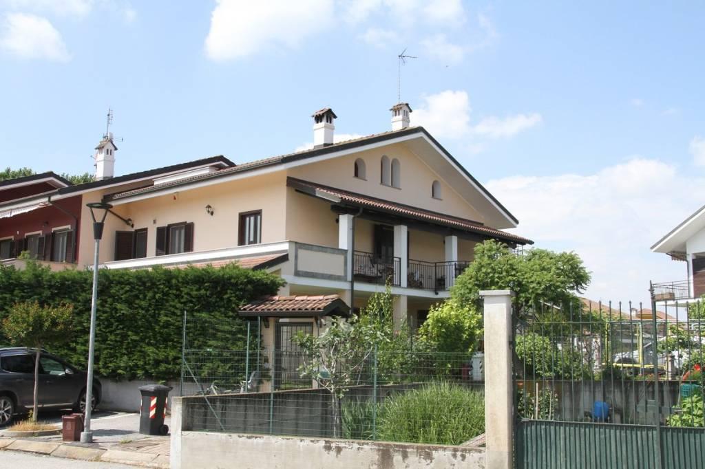 Foto 1 di Quadrilocale Virle Piemonte
