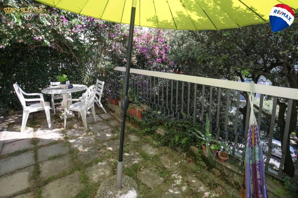 Foto 1 di Trilocale via Roma 3, Deiva Marina