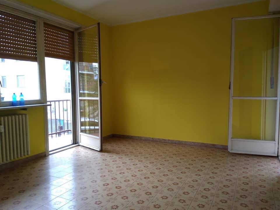 Appartamento in affitto a Caselle Torinese, 2 locali, prezzo € 380 | PortaleAgenzieImmobiliari.it