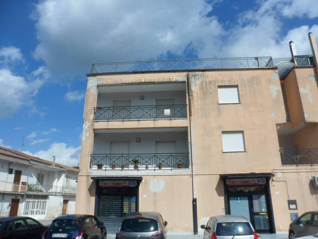 Appartamento in affitto a Airola, 3 locali, prezzo € 350 | CambioCasa.it