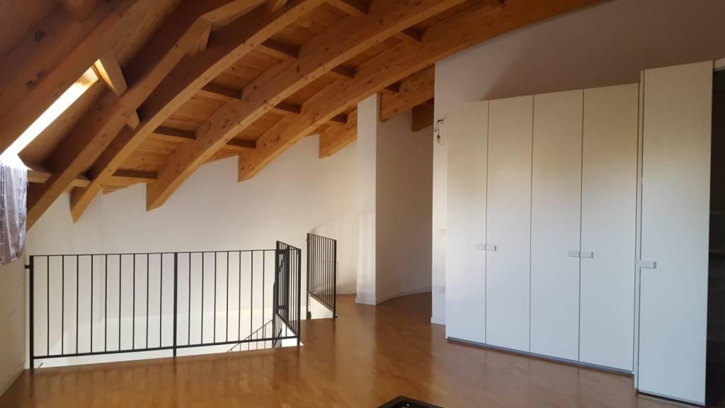 Attico in Vendita a Piacenza: 2 locali, 70 mq