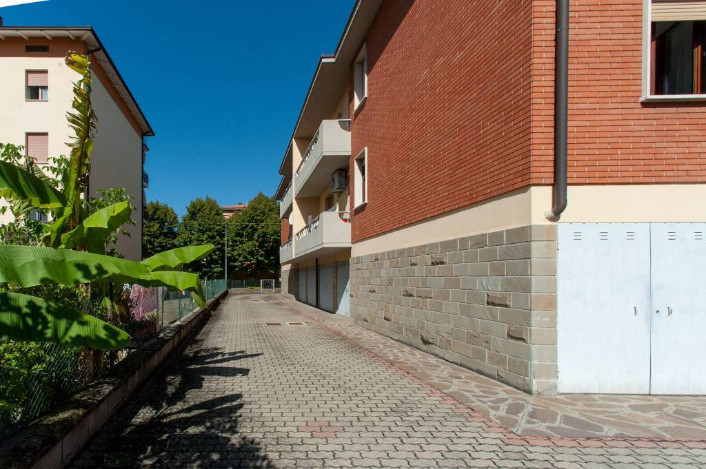 Foto 1 di Appartamento via Antonio Canova, Castelfranco Emilia