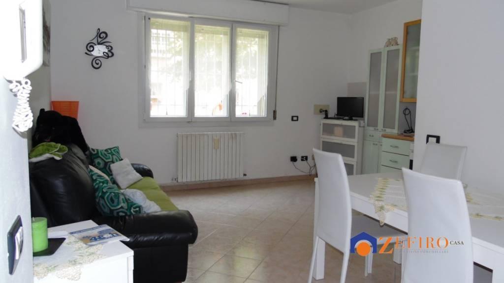 Appartamento in Affitto a San Giovanni In Persiceto Semicentro: 2 locali, 55 mq