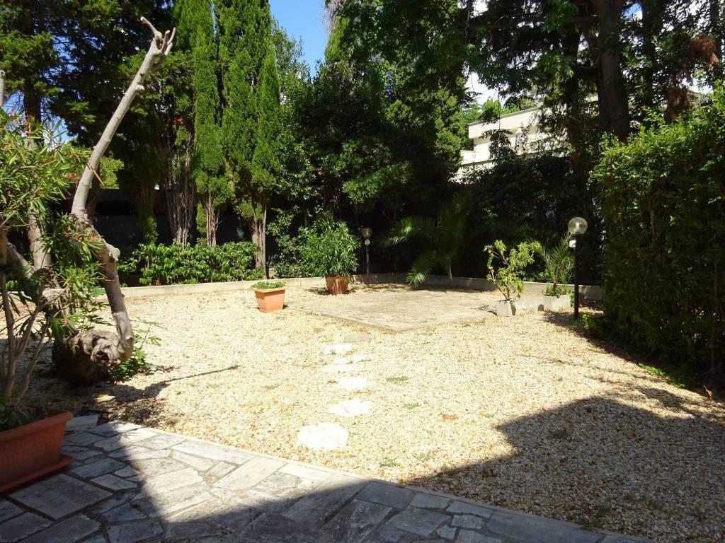 Villa a Schiera in vendita a Santa Marinella, 5 locali, prezzo € 355.000 | CambioCasa.it