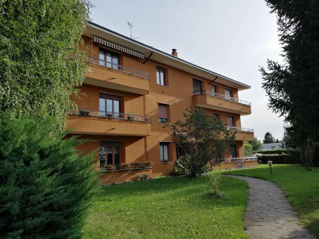 Appartamento in ottime condizioni in vendita Rif. 8678111