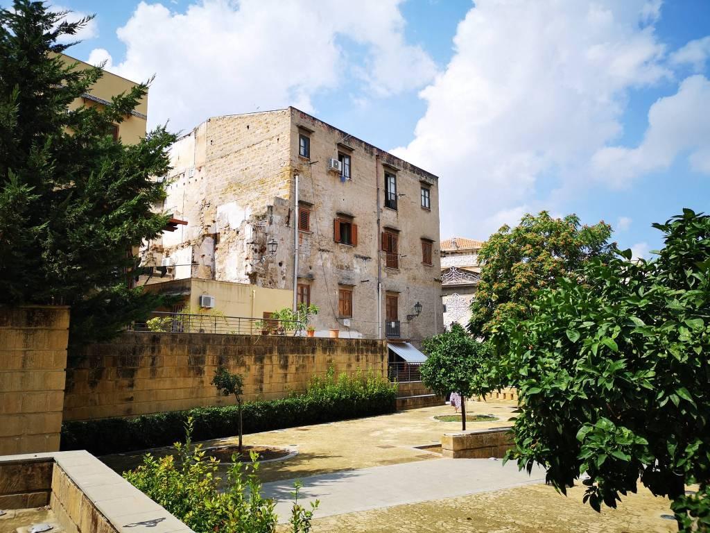 Appartamento in Vendita a Palermo Centro: 3 locali, 123 mq