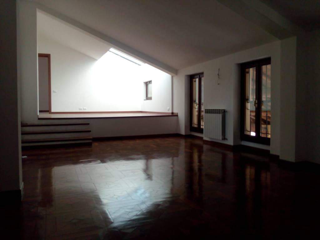 Appartamento in affitto a Alfianello, 5 locali, prezzo € 500 | PortaleAgenzieImmobiliari.it