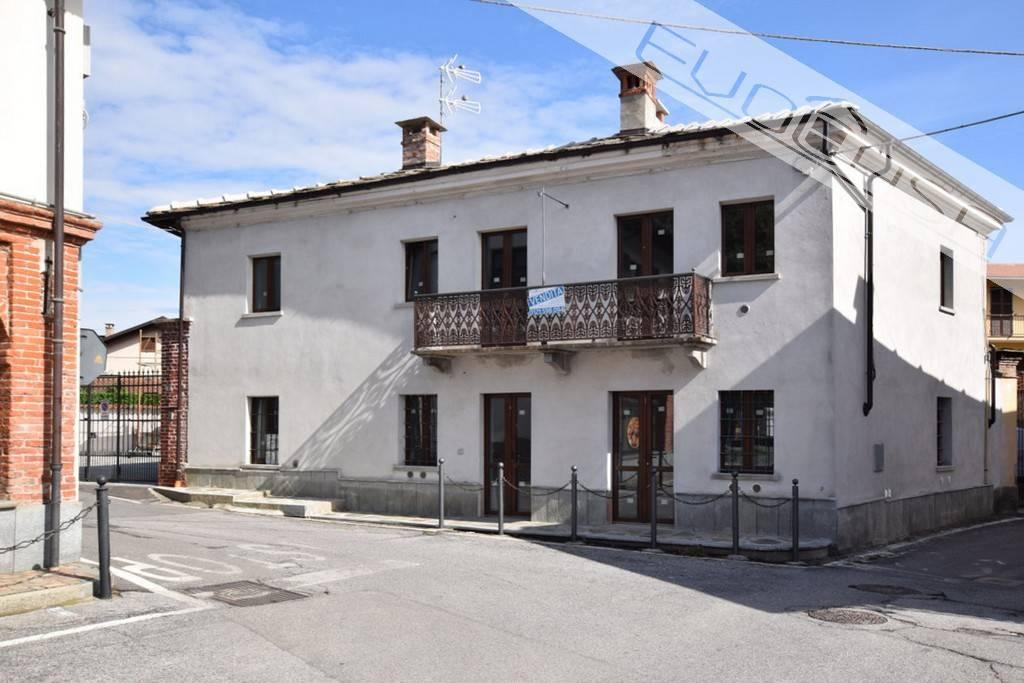 Foto 1 di Quadrilocale via Dagotto 2, frazione Campiglione,  Campiglione Fenile