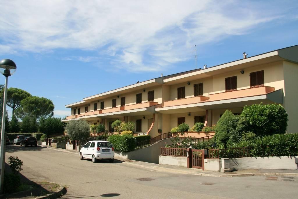 Villetta in Vendita a Arezzo: 5 locali, 144 mq