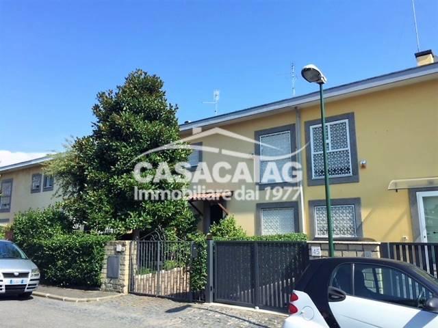 Villette a schiera in vendita a Roma in zona Casal Palocco. Cerca ...
