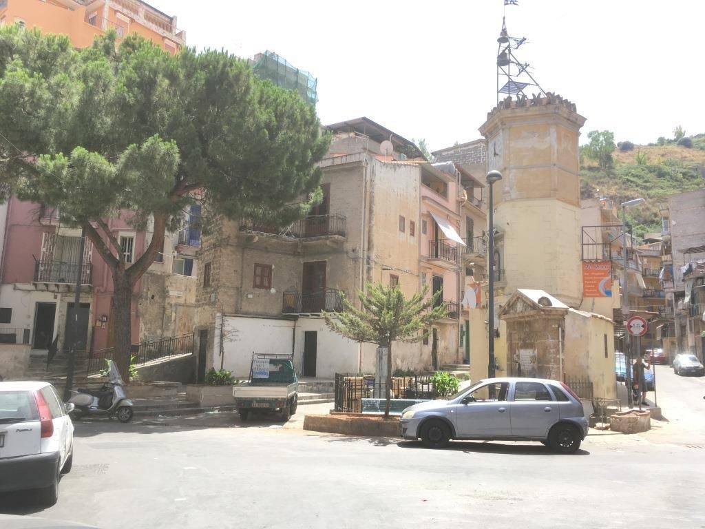 Appartamento in Vendita a Palermo Periferia: 2 locali, 52 mq